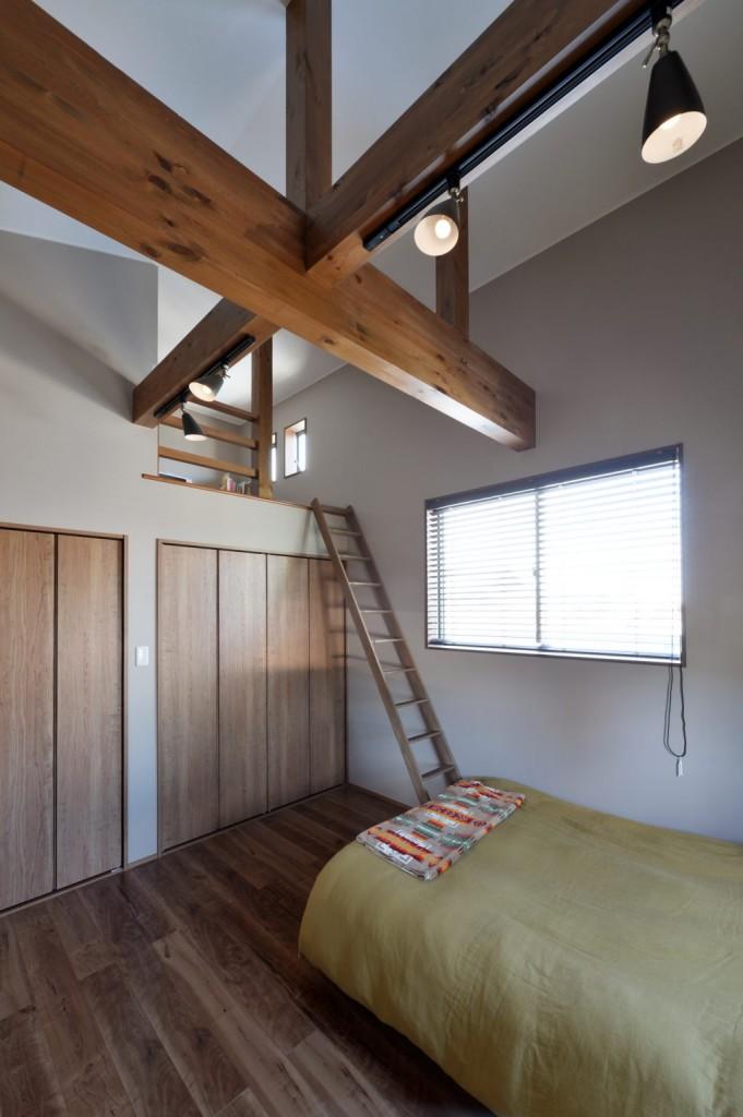 【寝室】5-1022x1536